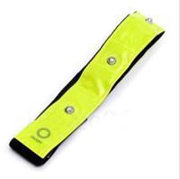 cintos reflectores de segurança venda por atacado-Segurança Reflective Amarelo Braçadeira Luzes LED Correndo Ciclismo Andando Legwarmers Alta Visibilidade 4 LED Reflective Armband Belt CCA10372 300 pcs