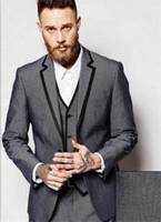 gri ustura stilleri toptan satış-2018 Yüksek Qulity Gri Smokin Özel Özel Çentik Yaka Erkekler Suit Slim Fit Stil 3 Parça Erkekler Parti Balo Suits (Ceket + Pantolon + Yelek)