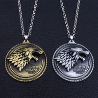 ingrosso uomini del ciondolo del lupo-Collana Game of Thrones House Stark Winter Is Coming Metal Famiglia Crest gioielli ciondolo souvenir regalo Maxi Wolf Punk Men