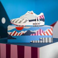 özgürlük basketbol ayakkabıları toptan satış-Kutu Maxes Piet Parra ile x 1 Spiridon Beyaz Çok AT3057 OW 100 Yüksek Kalite Kapalı 2018 Erkekler Womens Koşu Ayakkabıları Rahat ayakkabılar