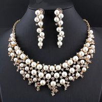 Wholesale indian girl halloween costumes - 2018 New Elegant Women's Jewelry Set Rhinestone Imitation Gold Color Pearl Necklace Earring Set For Wedding Costume Accessory