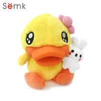bebek kızı doğum günü hediyesi toptan satış-Semk Sarı Ördek Bebek Sevimli Doldurulmuş Hayvanlar Peluş Oyuncaklar Çocuk Doğum Günü Hediyesi için Bebek Oyuncakları Kız Arkadaş Kawaii Güzel Mevcut