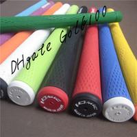el golf de madera más caliente al por mayor-Hot New Golf Grips De alta calidad de goma IOMIC Golf Hierros Grips 10 colores en la opción Golf Grips de madera Envío gratis