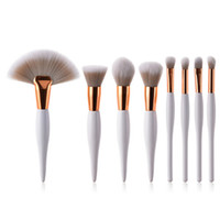 Wholesale flat head makeup brush resale online - 8 set makeup brush kit soft synthetic head wood handle brushes fan flat brush set for women eyeshadow facial make up