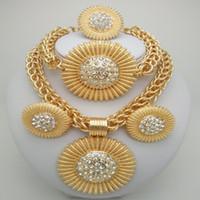 nigerianische hochzeitsschmuck groihandel-Königreich Ma Gold Farbe Schmuck Sets afrikanischen Kostüm Zink-Legierung Schmuck Set nigerianischen Hochzeit Afrikanische Perlen Perle große Sets