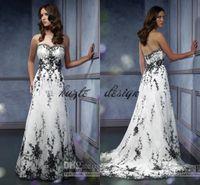 mini vestido de novia más al por mayor-Vestido de boda nupcial gótico de la vendimia más tamaño cariño bordado negro acentuado una línea vestido de novia blanco y negro