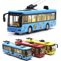 Wholesale diecast buses - 1 50 Scale City Electric Bus Diecast Alloy Model Pull back with Sound & Light