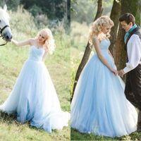 vestidos de novia azul celeste al por mayor-ELegant A Line Strapless Light Baby Blue Vestido de novia Falda de tul Vestidos de novia de campo 2018 Vestidos de novia hasta el suelo Por encargo