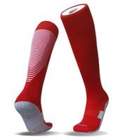 chaussettes antidérapantes hommes achat en gros de-Nouvelles chaussettes de football anti-dérapant chaussettes de football hommes chaussettes de sport tissu de coton de haute qualité 7 couleurs
