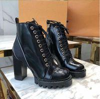 deri ihracatı toptan satış-2019 Yeni Kadın Marka İhracat Lüks Tasarımcı Ayakkabı Deri Çizme Martin Çizme Patik Yüksek Topuklar Hediye Kutuları 1A3Swy 1A2Y7U 1A2Y89