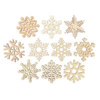 ingrosso ornamenti diy crafts-10pcs assortiti ritagli di fiocco di neve di legno abbellimento del regalo Tag ornamento di legno per Weding Natale fai da te
