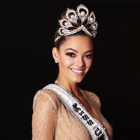 Wholesale Beauty Pageant Tiaras - 2018 New Sale Beauty Pageant Crowns Gliiter Crystals Pearls High Quality Wedding Bridal Tiaras and Crowns Round Bride Accessories
