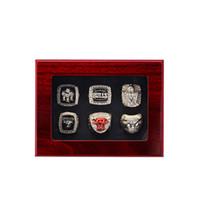 anillo de 1998 al por mayor-2018 The Newest 1991 1992 1993 1996 1997 1998 Bulls Basketball Championship anillo Fan Regalo al por mayor Envío de gota TAMAÑO DE EE. UU. 11 #