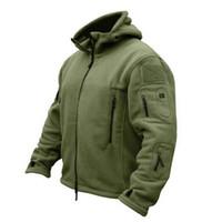 ceket erkek ordusu için kapüşonlu toptan satış-Adam Polar Taktik Softshell Ceket Açık Termal Spor Yürüyüş Polar Kapşonlu Coat Kabanlar Ordu Giyim Açık Bez