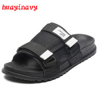 marine sandalen großhandel-Huayi navy Sommer Männer Hausschuhe Sandalen Strand Hausschuhe Komfortable Mode Hausschuhe Männer Flip-Flops Sommer Herren Schuhe HY2018-32