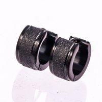 orejeras negras para los hombres al por mayor-Plata Oro Negro 3Colores Pendientes de aro Pendientes de botón de acero inoxidable 316L para mujer Hombre Oreja Pendientes de botón de esmerilado para niñas Amante