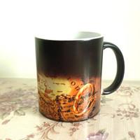 cambio de anillo magico al por mayor-Taza de café ecológica El Señor de los Anillos Taza de cerámica que cambia de color sensible al calor Tazas y tazas mágicas para regalo Envío gratis
