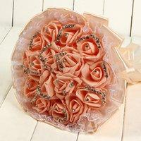 ingrosso fiori di corallo artificiali per le nozze-Coral Beautiful Wedding Bouquet da sposa 2019 Decorazione di cerimonia nuziale Artificiale Damigella d'onore Fiore Perle Perle Sposa Holding Fiori CPA1595