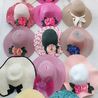 Wholesale Grass Shades - For Women Wide Brim Hats Exquisite Straw Hat Summer Outdoor Sun Shading Cap Designs Mix And Random Not Choose 4 41md B