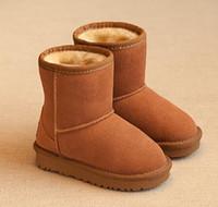botas de cuero para niñas gratis al por mayor-Envío gratis Niños y niñas 281 botas de nieve planas de invierno para niños Australia botas de nieve de cuero otoño e invierno botas de algodón antideslizantes calientes