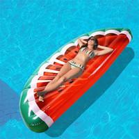 tube gonflable de bain de flotteur achat en gros de-Flotteurs gonflables géants 175 * 80cm Lit flottant de pastèque Toy Ride-On Pool Swim Ring Bouée gonflable Fun Party Float Tubes gonflables