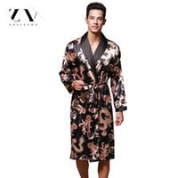 мужской летний халат оптовых-Летний Дракон халат для мужчин печати шелковые халаты мужской старший атласная пижамы атласные пижамы длинные кимоно мужчины платье халат