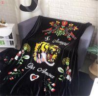 объем продаж оптовых-150 * 200CM Тигровая голова Одеяло Зимняя мягкая черная фланелевая змея Печатные флисовые одеяла Летние ковры Коврики для кондиционирования воздуха Siesta sale