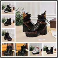 Wholesale decor grains resale online - Luxury design winter shoes women fur decor snow boots lace up cm Thick high heel ankle boots pearl rivet shoes riding