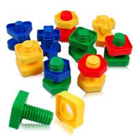 ingrosso blocca giocattoli educativi di plastica-350g Vite Set di costruzione di plastica blocchi assemblati dadi forma giocattoli per bambini giocattolo educativo modelli in scala 4 6zl W