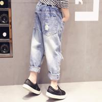 intervalos de luz venda por atacado-Moda nova calça jeans crianças desgaste jeans crianças menina outono moda luz casual buraco quebrado Coreano meninas Coringa crianças Denim Calças