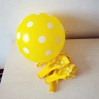 ingrosso palloni di lattice giallo-Hot new yellow water point balloon 50pcs / lot12 inch latex ballon festa di compleanno palloncini decorazioni di nozze per bambini giocattoli
