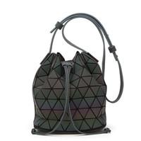 geometri çantası toptan satış-Kadın BaoBao Çanta Geometri Pul Ayna Saser Düz Katlanır Kova Çanta Aydınlık Çanta Bayanlar Casual Tote Bao Bao Paketi Omuz Çantaları