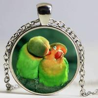 Wholesale Parrot Chain - New Beautiful Parrots Necklace Parrots Pendant Beautiful Birds Jewelry Glass Dome Pendant Necklace