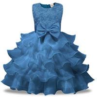 neujahrsblume großhandel-Blume Mädchen Kleider für Silvester Party Kleidung Babyschuhe für Mädchen Prinzessin Bow Brautkleid Kinder Party Vestido