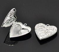 silberne herzeinstellungen großhandel-LASPERAL 10 Silber Farbe Herzform Bilderrahmen Anhänger Cameo Einstellungen Verzierungen Cabochon Base 26x26mm