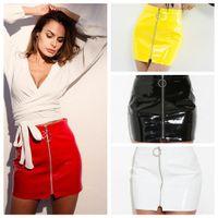 falda de piel sintética con cremallera al por mayor-Faldas para mujer Cuero de imitación brillante PU Cremallera Frente Bodycon Lápiz Mini Faldas Blanco Negro Rojo Amarillo 2943