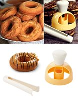 Wholesale Plastic Dip Tools - Hollow Bread Mold American Tuba Doughnut Baking Tool Plastic Dipping Clamp DIY Efficient Practical Necessary kitchen 6 5qc X