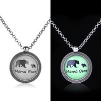ingrosso l'amore dell'orso del bambino-New Mama Bear Baby Bear Collane Glow in the Dark Pendente per animali Madre e figlia Love Fashion Jewelry for Women Kids