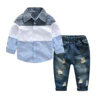 bebês meninos moda jeans venda por atacado-Venda por atacado-New Fashion Children Boys Set Roupas Primavera Bebê Meninos Set Mangas Compridas Camisa + Jeans Rasgado 2 PCS Lot Meninos Roupas para Adolescentes