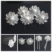 neue silberne brauthaarzusätze großhandel-Neu kommen 50Pcs Hochzeits-Brautkristallweißperlen-Blumen-Haar-Stifte Haar-Zusätze an