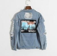 abrigo de corea al por mayor-¿Dónde está mi cabeza? Corea Kpop retro lavado deshilachado bordado carta chaqueta bomber remiendo azul desgastado Denim abrigo mujer S18101205