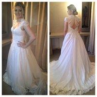 vintage brautkleider offen zurück perlen großhandel-New Lace Vintage Open Back mit Perlen Hochzeitskleid Sommer Flügelärmeln bodenlangen langen Braut Gwon