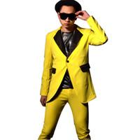 Hombres Amarillo Traje Casual Moda Hip-hop Hombres Slim Fit Traje Largo  Blazers Chaqueta Escenario Show Cantante Bailarín Disfraces db4c54343dc