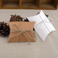 ingrosso regali per festa per gli ospiti di nozze-100pcs bianco marrone carino piccolo cuscino forma scatola di caramelle vintage rustico favore di nozze partito ospite regalo sacchetto di carta kraft imballaggio