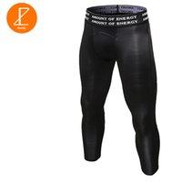erkekler için sıkı pantolon toptan satış-Ezsskj Erkek Boys Sıkıştırma Dipleri UnderWear 3/4 Pantolon PRO Atletik Giyim Streç Esneklik Tayt Pantolon Siyah Beyaz
