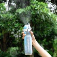 ingrosso grandi bottiglie di plastica-Doppio grande freddo freddo 500ml bottiglia di acqua isolata con lo spruzzo di viaggio all'aperto Sport plastica potabile tazza tazza