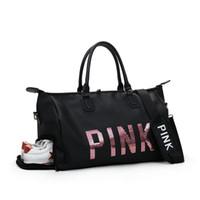 bolsa de deporte crossbody al por mayor-Nuevo lentejuelas Love PINK Gym Fitness Sports Bag Hombro Crossbody Shoes Bags Women Tote Handbag Travel Duffel