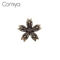 Wholesale cc brooch wholesale - Comiya Elengant Brooches Vintage Gold Color Zinc Alloy Simple OL Lady Accessories Statement Brooch For Women CC Wholesale