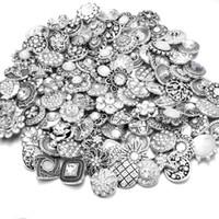botões instantâneos de mistura de strass venda por atacado-20 pçs / lote alta qualidade mix muitos estilos de strass de metal charme 18mm botão de pressão pulseira para as mulheres diy botão snap jóias