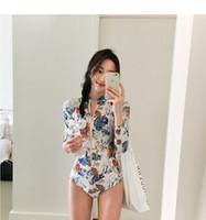 kadın uzun plaj örtbas toptan satış-Seksi Işık Bej Tığ Tek parça Mayo Bayan Seksi Uzun Kollu Mayo Bikini Cover Up Plaj Elbise